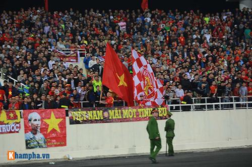 Việt Nam - Indonesia: Fan hừng hực trước trận, hụt hẫng sau trận - 15
