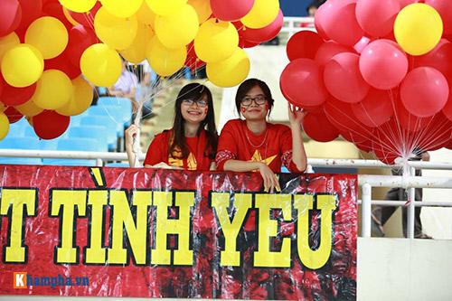 Việt Nam - Indonesia: Fan hừng hực trước trận, hụt hẫng sau trận - 2
