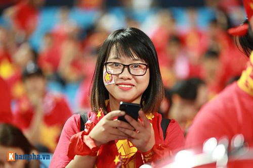 Việt Nam - Indonesia: Fan hừng hực trước trận, hụt hẫng sau trận - 3