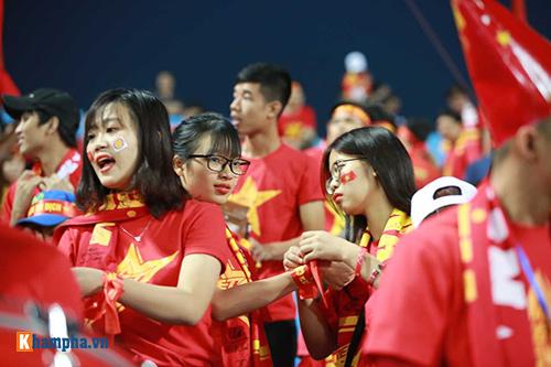 Việt Nam - Indonesia: Fan hừng hực trước trận, hụt hẫng sau trận - 4
