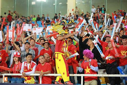 Việt Nam - Indonesia: Fan hừng hực trước trận, hụt hẫng sau trận - 8