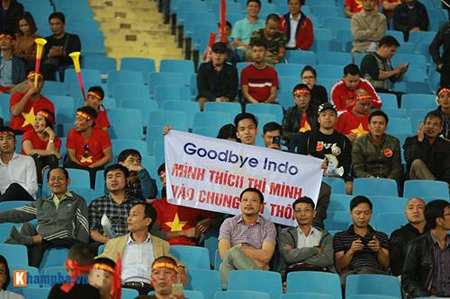 Việt Nam - Indonesia: Fan hừng hực trước trận, hụt hẫng sau trận - 9