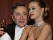 Thời trang - Hồi kết của mối tình người mẫu sexy và tỷ phú 84 tuổi