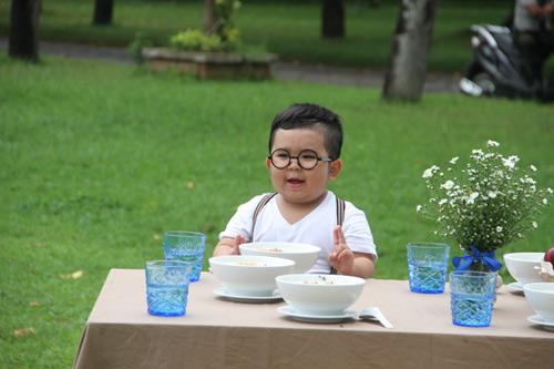 Kutin trở thành gương mặt đại diện cho cháo Thiên Ngọc - 2