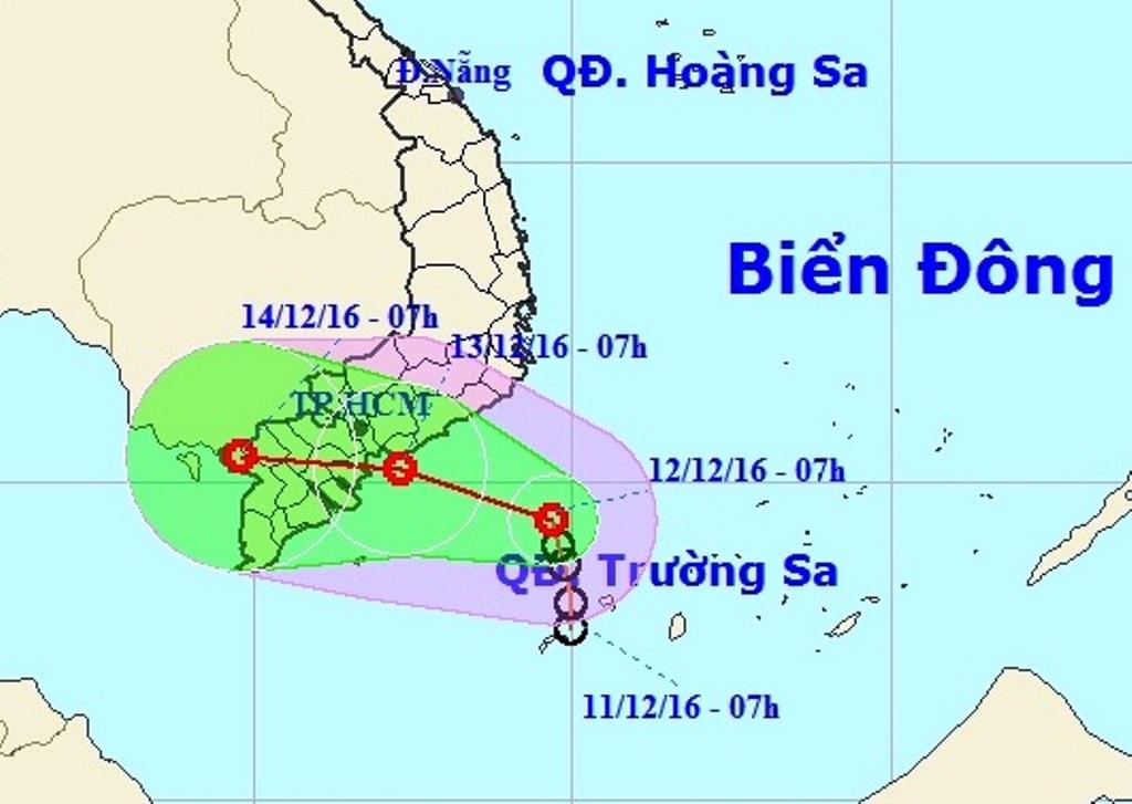 """TP.HCM bất ngờ """"đón"""" áp thấp nhiệt đới giữa mùa khô - 1"""