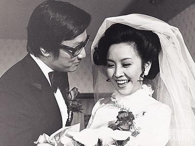 Bố 80 tuổi của Tạ Đình Phong phủ nhận bạn gái có bầu - 2