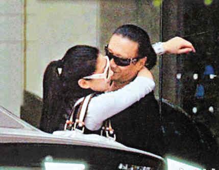 Bố 80 tuổi của Tạ Đình Phong phủ nhận bạn gái có bầu - 5