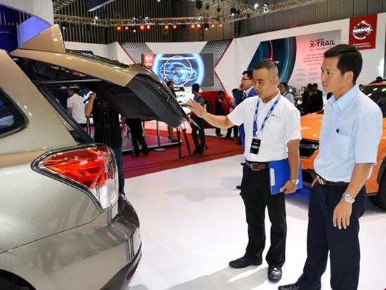 """Người Việt mua ô tô """"kỷ lục"""" hơn 270.000 xe - 1"""
