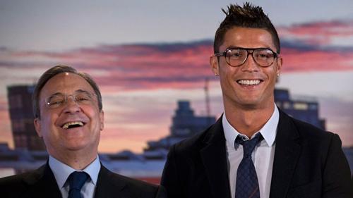 QBV Ronaldo: Siêu sao tỷ đô, cúp giành liên tiếp, chê anh gì nữa? - 4