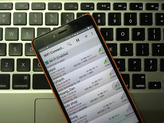 2 bước xem lại mật khẩu Wi-Fi trên smartphone - 1