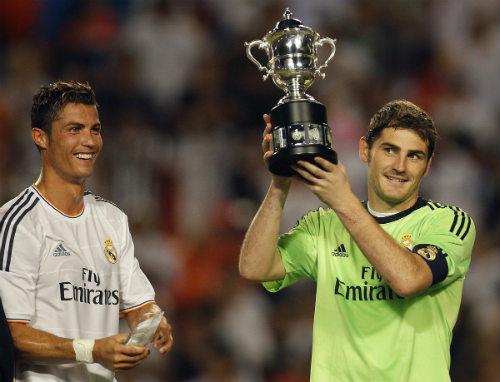 Ronaldo: Hướng tới QBV thứ 5, vượt Messi và hàng tá kỷ lục - 8