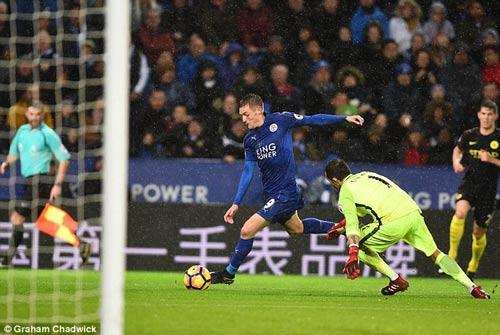 Bournemouth – Leicester: 200 trận của Ranieri - 1