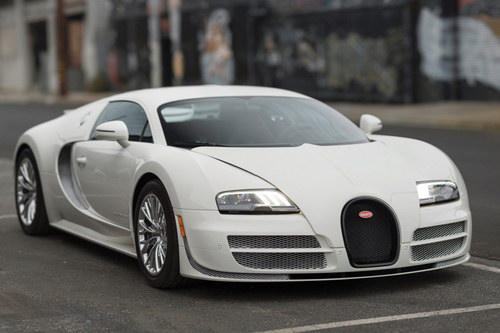 Siêu xe Bugatti Veyron coupe cuối cùng đang được rao bán - 1