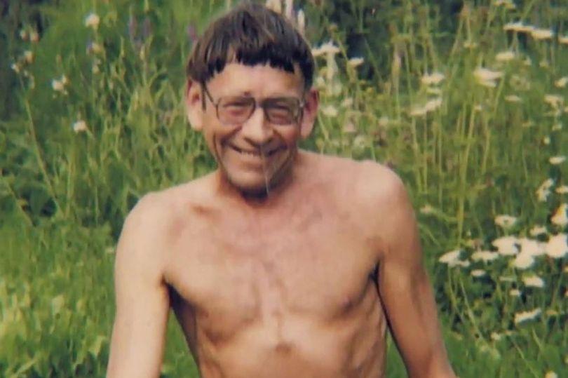 Cái chết bí ẩn của người đàn ông sống khỏa thân 20 năm trong rừng - 1