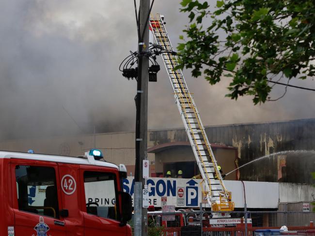 Cháy lớn chợ người Việt ở Úc, thiệt hại gần 300 tỉ - 3