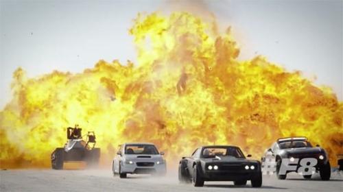 """Dàn siêu xe rượt đuổi """"nghẹt thở"""" trong Fast and Furious 8 - 1"""