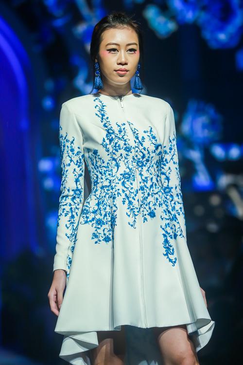 Đặng Thu Thảo lấn át dàn mẫu Việt với váy áo nữ thần - 5
