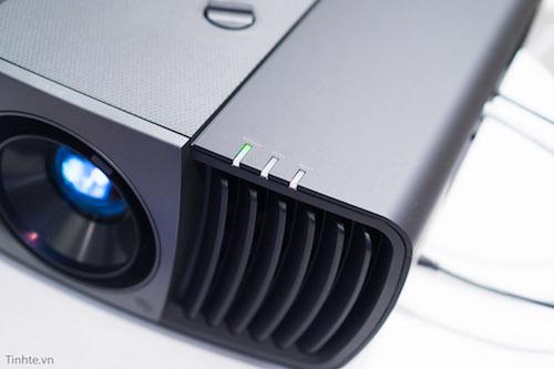 Chiếc máy chiếu 4K giá 7.000 USD của BenQ - 1