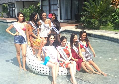 Lệ Hằng tự tin đọ sắc bikini bên đối thủ Miss Universe - 2