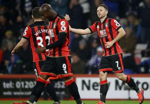 Bournemouth - Leicester: Đấm thụt xuống bùn - 1