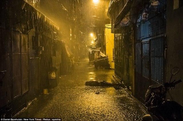 Trấn áp ma túy ở Philippines: 5.900 người bị bắn chết - 1