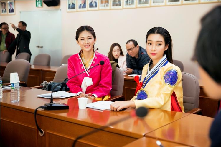 Mỹ Linh, Thanh Tú diện Hanbok đẹp không kém mỹ nhân Hàn Quốc - 9