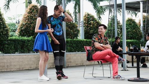 Khánh My hôn say đắm trai đẹp trong phim của Hoài Linh - 7