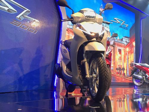 Honda trình làng SH300i ABS giá ngất ngưởng - 3