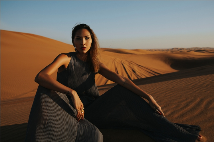 Minh Triệu khoe chân dài miên man giữa sa mạc thiêu đốt - 5