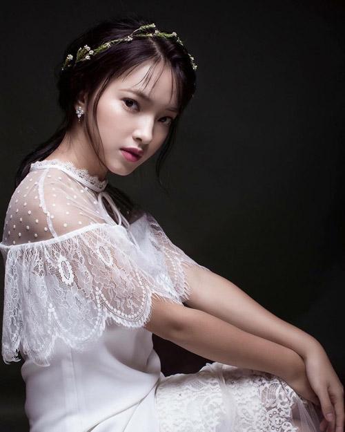 """5 hot girl """"phá đảo thế giới ảo"""" 2016 nhờ vẻ đẹp lạ - 1"""
