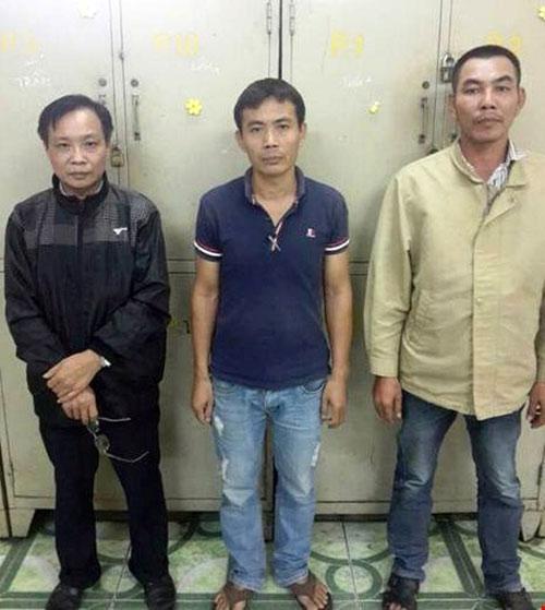 Triệt phá đại lý bán vé tàu Tết giả ở Sài Gòn - 1