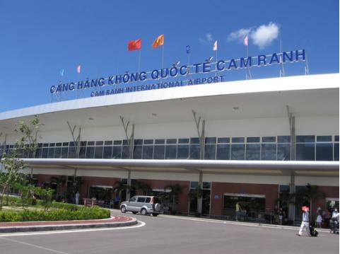 Không hạ cánh được ở Cam Ranh, máy bay quay về Tân Sơn Nhất - 1