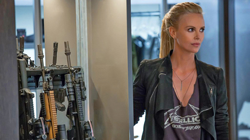 Ngây ngất với nữ sát thủ trong Fast & Furious 8 - 2