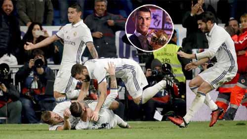 Club America – Real Madrid: Quà mừng QBV Ronaldo - 1