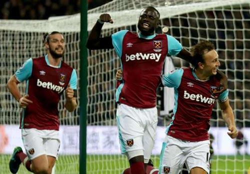 West Ham - Burnley: Dứt chuỗi ngày đau khổ - 1