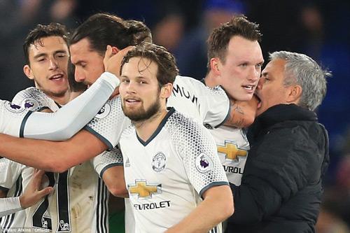 Mourinho phấn khích: MU thắng với sự siêu vượt trội - 2