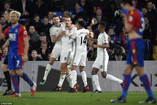 Mourinho phấn khích: MU thắng với sự siêu vượt trội - 1