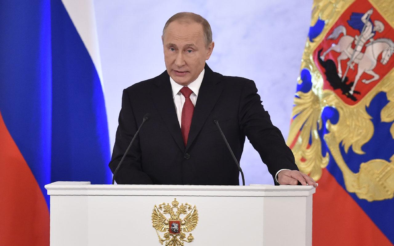 Putin được chọn là người quyền lực nhất năm 2016 - 1