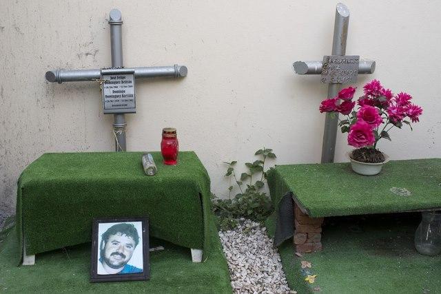 Nghĩa trang siêu sang, chống đạn của trùm ma túy Mexico - 3