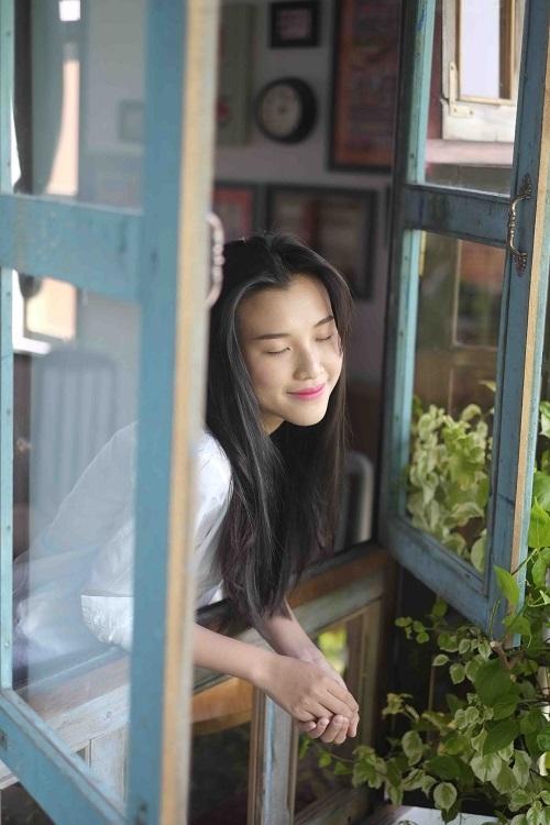 """""""Choáng"""" với mặt mộc dung dị của Á hậu MC Hoàng Oanh - 5"""