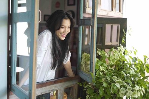 """""""Choáng"""" với mặt mộc dung dị của Á hậu MC Hoàng Oanh - 6"""