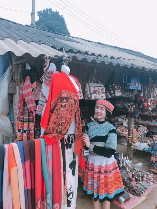 Những bóng hồng diện trang phục dân tộc đẹp mơ mộng - 6