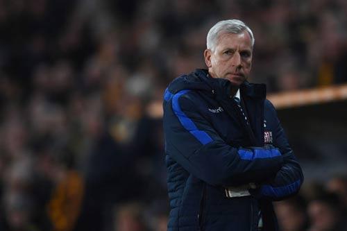 """MU: """"Trò bẩn"""" của Ibra–Pogba, Mourinho khen trọng tài - 1"""