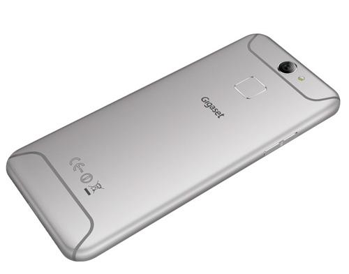 6 bất ngờ về smartphone không viền màn hình mà ARBUTUS ra mắt - 1