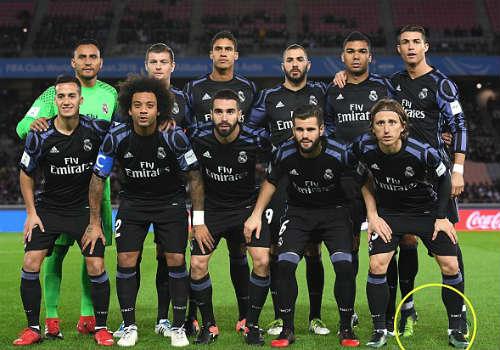 Tin HOT bóng đá tối 16/12: Hậu vệ trái số 1 thế giới mê Arsenal - 3
