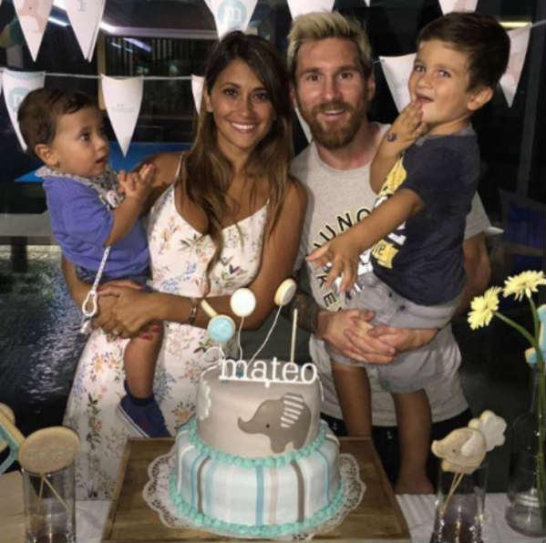 Messi lấy vợ: Soái ca chung thủy và 20 năm son sắt - 4