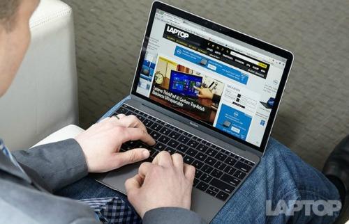 Thời điểm nào thích hợp để mua laptop? - 1