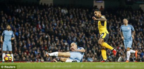 Man City - Arsenal: Màn lột xác tạo kịch tính ở hiệp 2 - 1