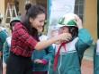 20.000 học sinh tiểu học được Bệnh viện Thu Cúc tặng mũ bảo hiểm miễn phí