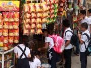 """Sức khỏe đời sống - Sức khỏe 24/7: Cho con ăn """"rác"""""""